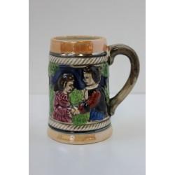 Mały kufel ceramiczny