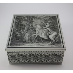 Stara metalowa puszka - pudełko