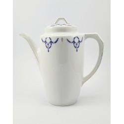 Dzbanek porcelanowy sygn. P.T. Tirschenreuth