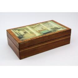 Szkatułka - puzderko drewniane na bibeloty
