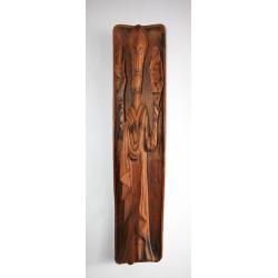 Duża rzeźba wisząca Jezus trzymający dekalog