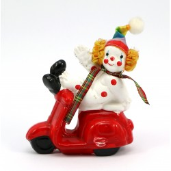 Figurka - klaun na skuterze