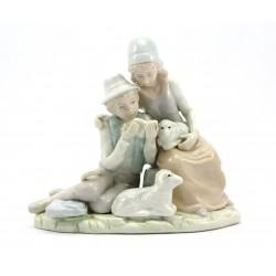 Figurka porcelanowa - scenka rodzajowa