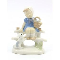 Figurka - dziewczynka z kotkiem - Under Glaze